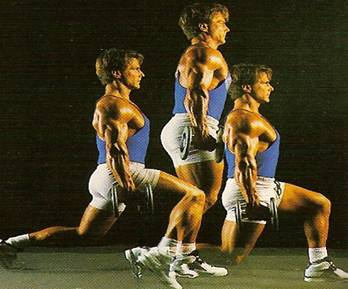 squat-salto in apertura