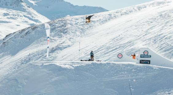 davide_boggio_al_mottolino_snowpark_di_livigno_w564_h310